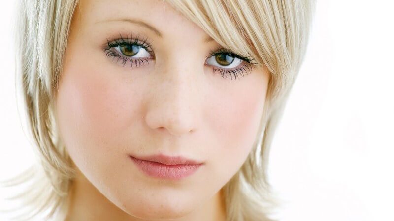 Die Nasennebenhöhlen lassen sich einteilen in Kieferhöhle, Stirnhöhle, Keilbeinhöhle und Siebbeinzellen