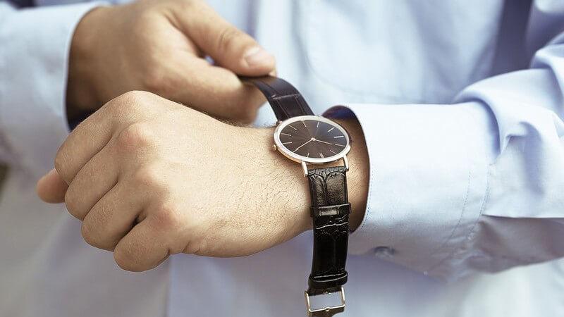 Wir verraten Ihnen, auf welche Maße und Faktoren es bei der Wahl der Uhr in der richtigen Passform