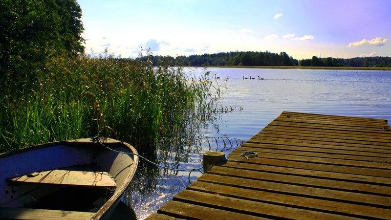 Wir geben hilfreiche Tipps, um das Boot winterfest zu machen, damit die kalte Jahreszeit ohne Schäden übersteht