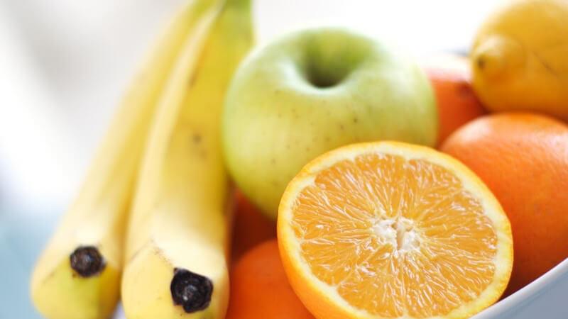 Meist genießt man die Banane pur - sie eignet sich aber auch für verschiedene Desserts und Getränke