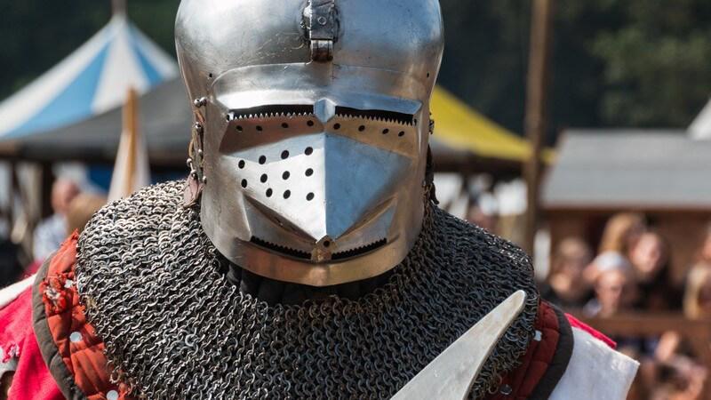 Die mittelalterlichen Ritterspiele werden heutzutage bei verschiedenen Events, z.B. auf Mittelaltermärkten, als Programmpunkt dargeboten