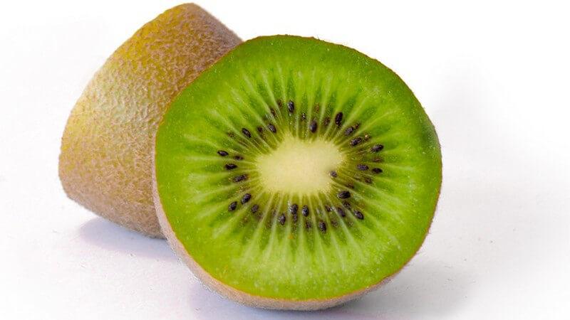 Besonders gut schmeckt die Frucht im Obstsalat
