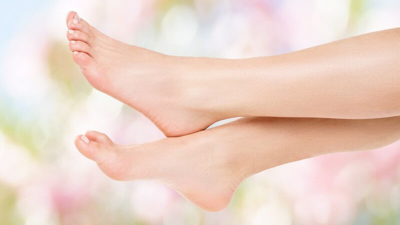 Wir geben Tipps zur Anwendung der verschiedenen Arten von Fußsprays