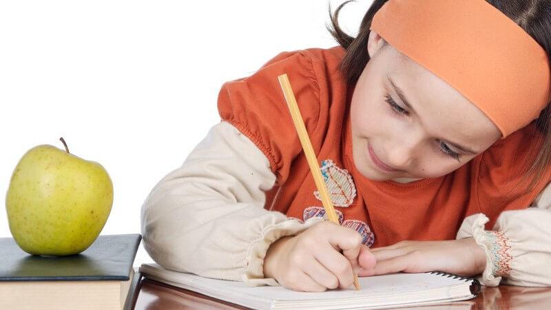 Über den Sinn von Hausaufgaben und mögliche Unterstützung durch die Eltern