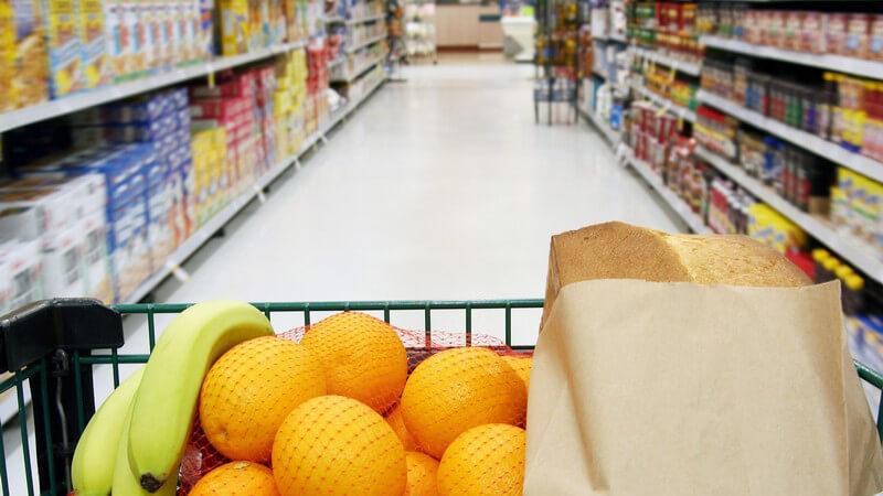 Obst gehört zu einem gesunden Speiseplan unbedingt dazu - es gibt zahlreiche Arten, die sich pur genießen oder vielfältig in der Küche verwenden lassen