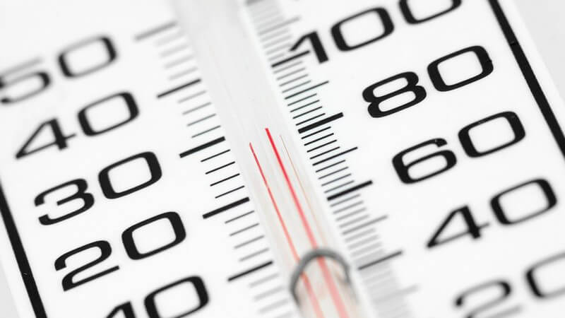 Über Unterrichtsausfall und Arbeitsverkürzung bei sehr hohen Außentemperaturen