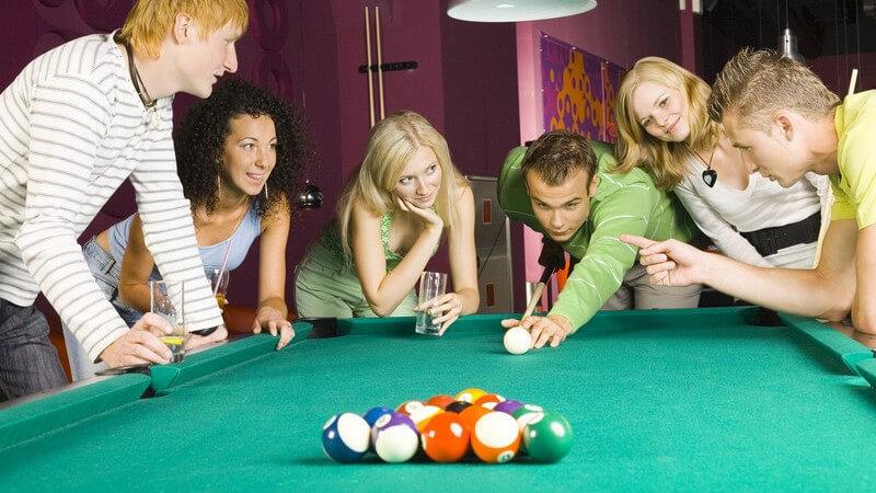 Warum Billiardspielen in Kneipen so beliebt ist